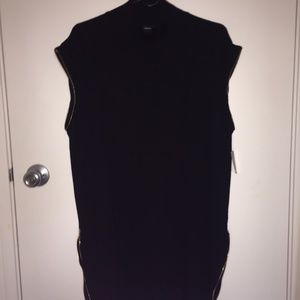 Tunic or short dress in black knit